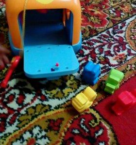 Развивающие музыкальные игрушки.