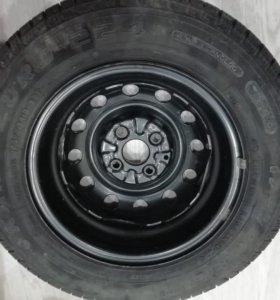 Продаю колесо в сборе R13