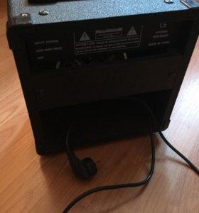 Комбоусилитель для электрогитары на 15 Вт