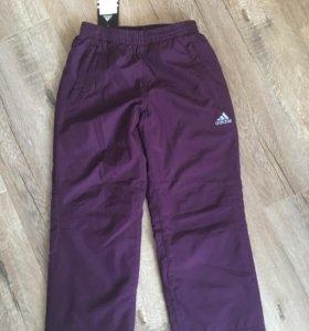 Новые спортивные штаны Adidas