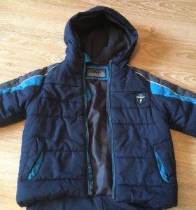 Отличная куртка на 3-5 лет