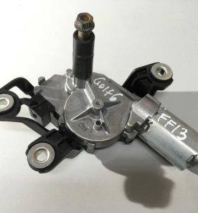 Моторчик стеклоочистителя задний 5K6955711A VOLKSWAGEN Golf 6
