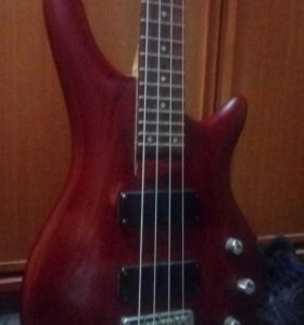 Бас-гитара Yamaha