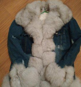 Джинсовая куртка с натуральным мехом песца