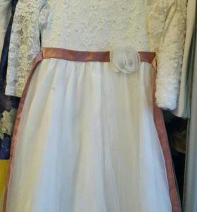 Нарядное платье для принцесс