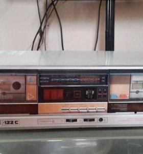 Дека кассетная
