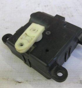 Двигатель отопителя (моторчик печки) NISSAN PATROL