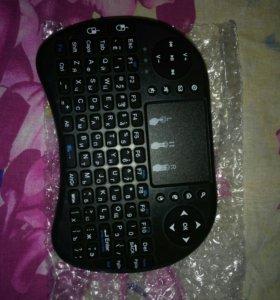 Беспроводная мини клавиатура+ мышь + джостик