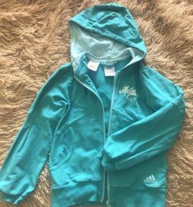 Спортивный костюм Adidas для девочки 7 лет !