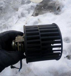Мотор отопителя 12-90с крыльчаткой