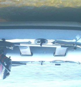 Лодка 4 м с мотором Ямаха 9.9 лс