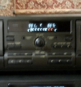 Продам кассетную деку.
