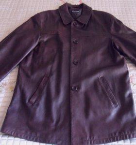 Кожаная куртка от итальянской фирмы Bassanio