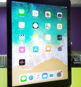 Планшет Apple iPad Air 16Gb Wi-Fi A1474
