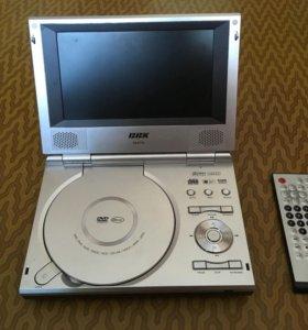 Портативный видеопроигрыватель BBK DL371S
