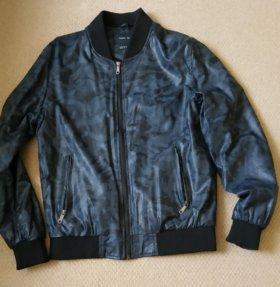 Zara .Курта из эко кожи . размер 46-48