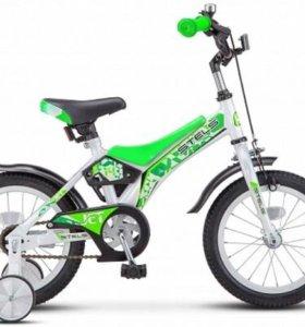 STELS Велосипед 18 дюймов для детей 4-6 лет