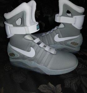 Кроссовки Nike air mag назад в будущее