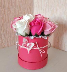 Мини-букеты из мыльных роз