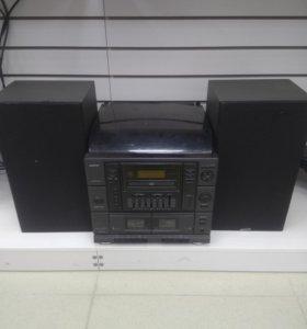 Музыкальный центр Sanyo DC X210