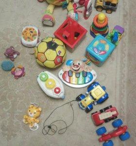 Игрушки от 6 месяцев