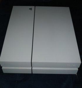 PlayStation 4 комлект с 4 играми и с камерой