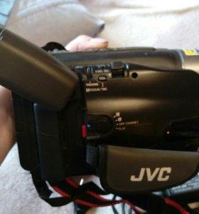 Камера портативная JVC кассетная