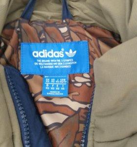 Жилетка Adidas размер xs