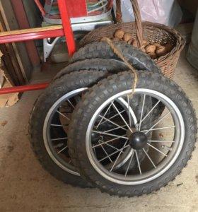 Колёса на коляску новые