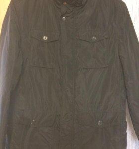Продам межсезонную мужскую куртку