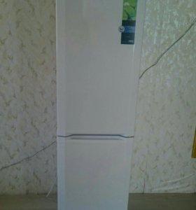 Холодильник с морозилкой большой