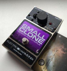 Electro-Harmonix (EHX) Small Clone Full-Chorus