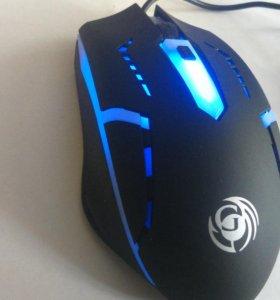 Новая игровая мышь с подсветкой