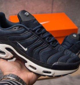 Кроссовки Nike Air Max Tn Plus
