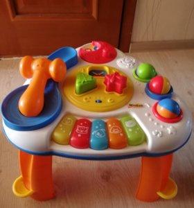 Развивающий музыкальный столик.