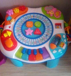 Развивающий музыкальный столик