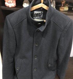 Пальто мужское 48размер