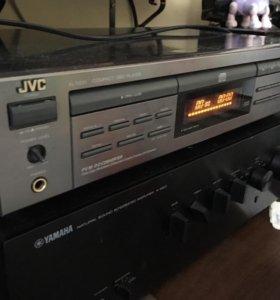 CD проигрыватель JVC