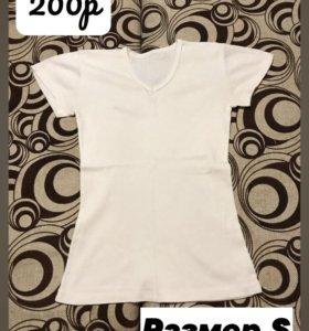 ПРОДАМ пакет футболок и маек!!!!!!!!!!!!