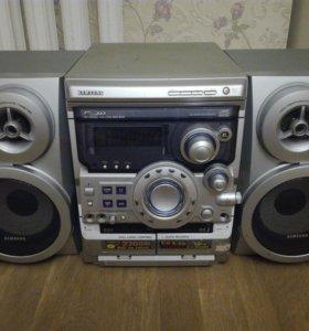 Музыкальный центр Samsung MAX-В570