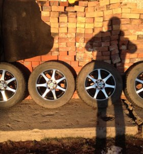 Nitro 6.5x16 5x114.3 + 215/65 R16 Duster - Terrano