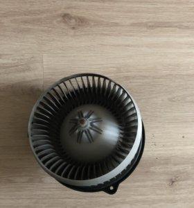 Мотор системы охлаждения Хонда аккорд 7