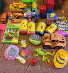 2 пакета игрушек за 1000