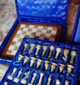 Каменные шахматы (Оникс , Яшма)