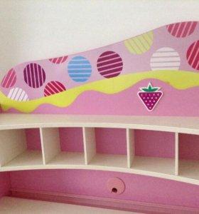 Продаю письменный стол и шкаф для девочки
