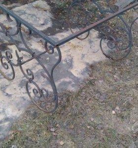 Кованный стол покрытие под старую медь