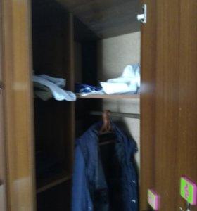 Шкаф плательный угловой