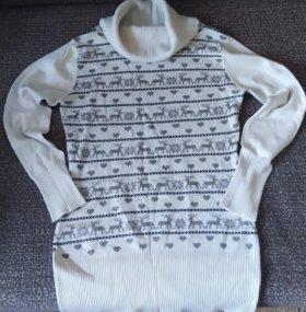Тонкий свитер с оленями