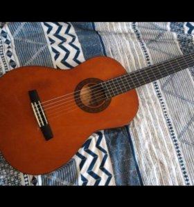 Гитара с чехлом срочно