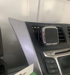 Автомобильный держатель телефона